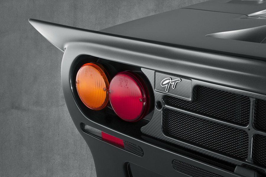 4圓尾燈是 McLaren F1的獨特設計之一。 McLaren提供
