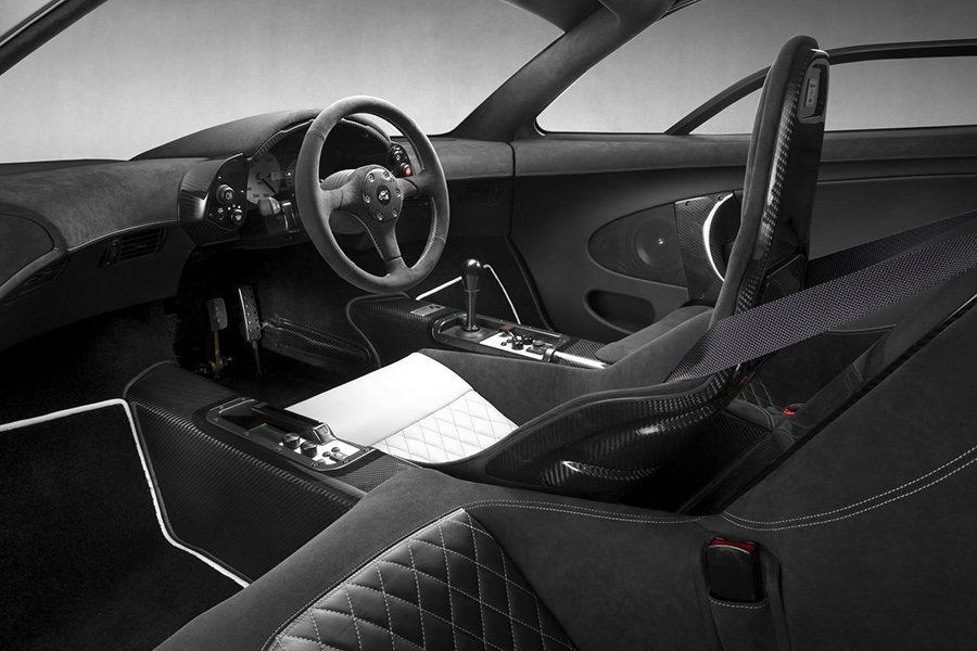 失傳的 McLaren F1 3人座椅設定是車主引以為傲的設計。 McLaren...