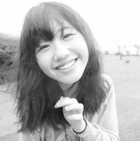 Lulu(黃路梓茵)形象搞笑,不過學生時代的她可是標準好學生,高中念的是明星學校台中女中,接著又考上台灣藝術大學,她說自己屬於「勤能補拙」的類型,「我真的就是苦讀,國中理化很差,我就一直去問老師問題...