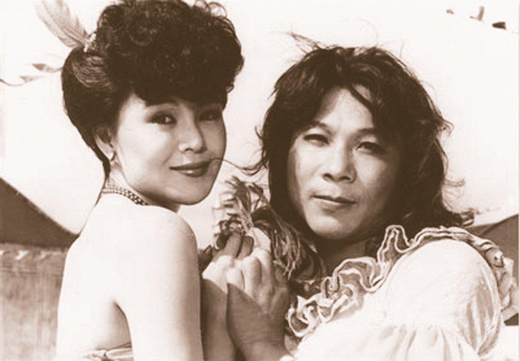 許不了(右)曾和昔日美艷的楊惠姍同台演出。本報資料照片