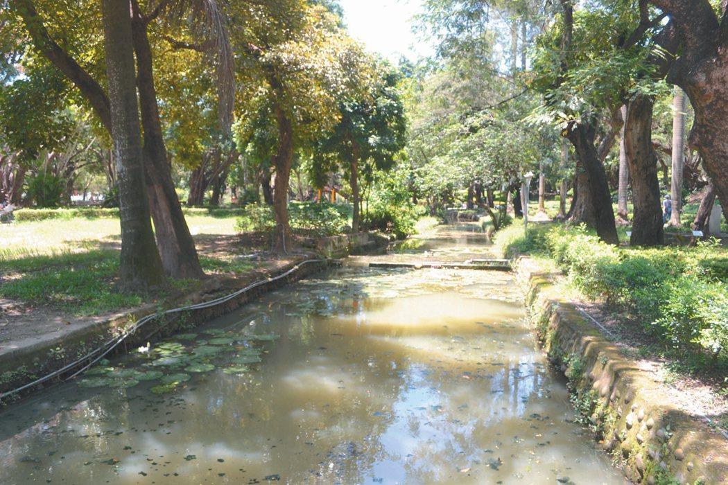 台南公園尚有一條幾已消失的文元溪,具有歷史價值與文化意義。 記者鄭惠仁/攝影