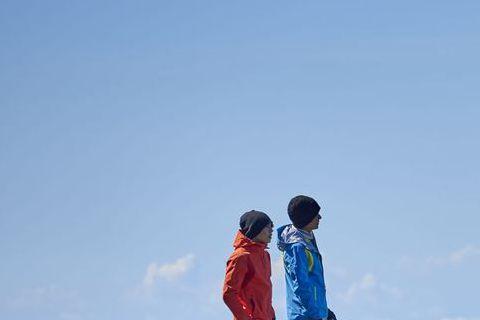 王傳一、陳奕、莫允雯為中視、中天新戲「失去你的那一天」連續登高嘉明湖、司馬庫斯10天,28日3人暢談上山拍戲甘苦談,山上物資缺乏、沒水沒電,王傳一自爆5天沒洗澡、刷牙,只換過一次內褲,連上廁所不能隨...