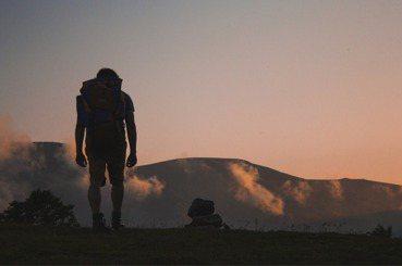 【兩倍旅行】辭職旅行不是問題,單一的價值觀才是