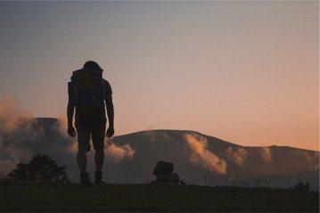 辭職旅行不是問題,單一的價值觀才是