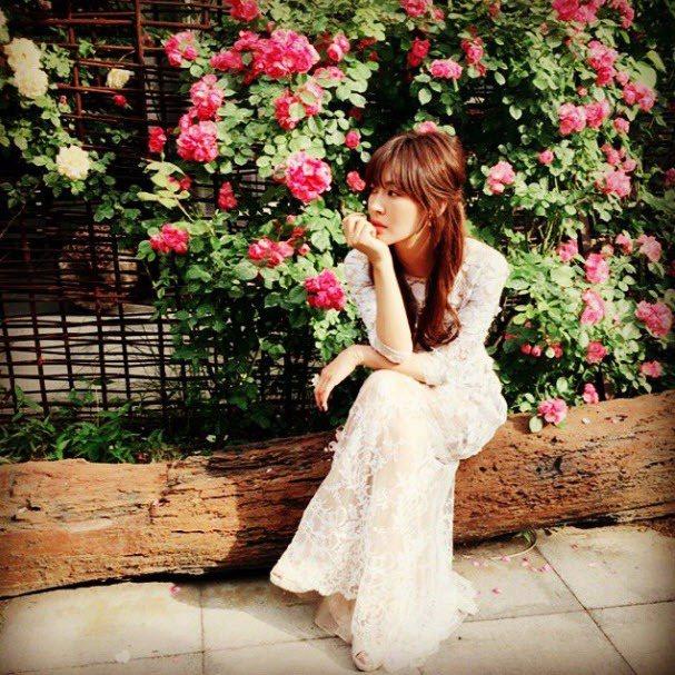 擷自金素妍instagram