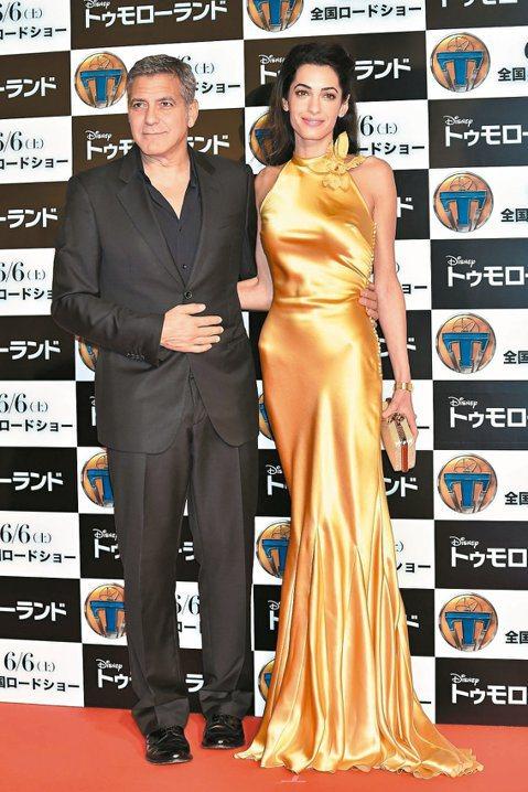 好萊塢男星喬治柯隆尼與嬌妻艾默阿拉穆丁(Amal Alamuddin),婚後話題不斷,最近她被美國周刊爆料是超級拜金女,愛買名牌、吃好穿好用好,每月花費高達200萬美元。不論是否真的拜金,她和老公愛...