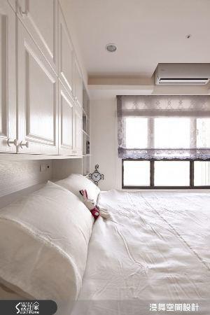 因為臥室是令人放鬆的空間,不需時時刻刻提醒自己時間的流逝,因此時鐘在空間中的地位...