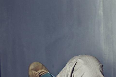 王陽明與8年前舊愛蔡詩芸今年4月正式訂婚後,小倆口愛得高調,走到哪都黏TT頻頻放閃,提到2人重拾舊情熱戀緣起,王陽明日前接受「ELLE」訪問,他笑說歸功於一趟菲律賓無人島探鯨鯊之行,直言終於找到可以...
