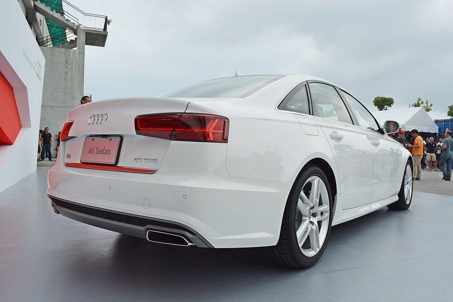 A6車尾經過重新設計,並有與頭燈呼應的導光條。 記者趙惠群/攝影