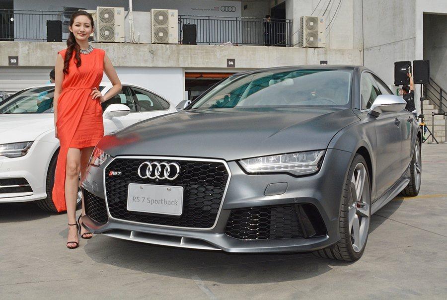 由Audi賽車部門調校開發的RS7 Sportback。 記者趙惠群/攝影