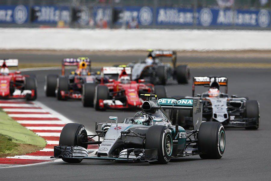 Nico Rosberg 與隊友不分軒輊,Mercedes-AMG PETRON...