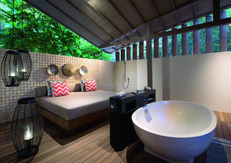 芬尼芙別墅寬敞舒適的浴室。圖/珠寶之星