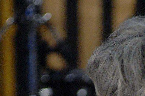 豬哥亮與女兒謝金燕多年無交集,2013年又和么女謝金晶在失聯20年後戲劇性重逢,和女兒間親情淡薄,每每令他心酸,日前他錄「華視天王豬哥秀」演出短劇「笑虧劇」,沒想到演出與女兒重逢橋段時,女兒一聲「爸...