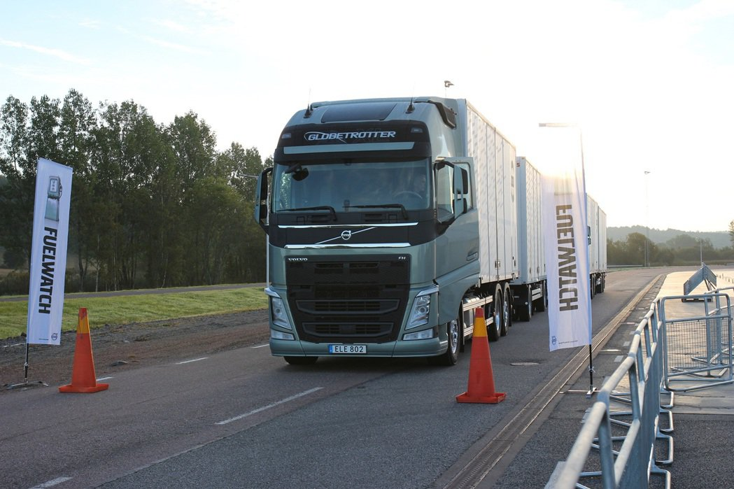 Volvo卡車年度盛事「2015 Volvo Fuelwatch高效能省油大賽」...