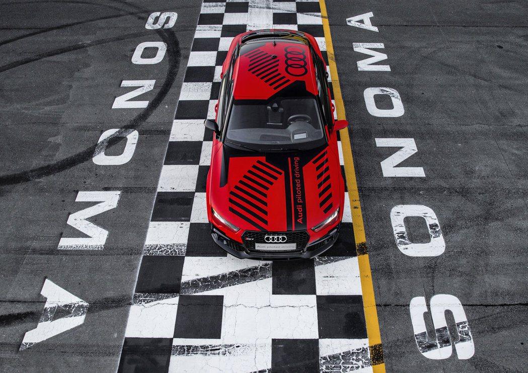 根據原廠指出,這套自動駕駛系統會搭載於下一代A8上,不過只能在時速60km/h之...
