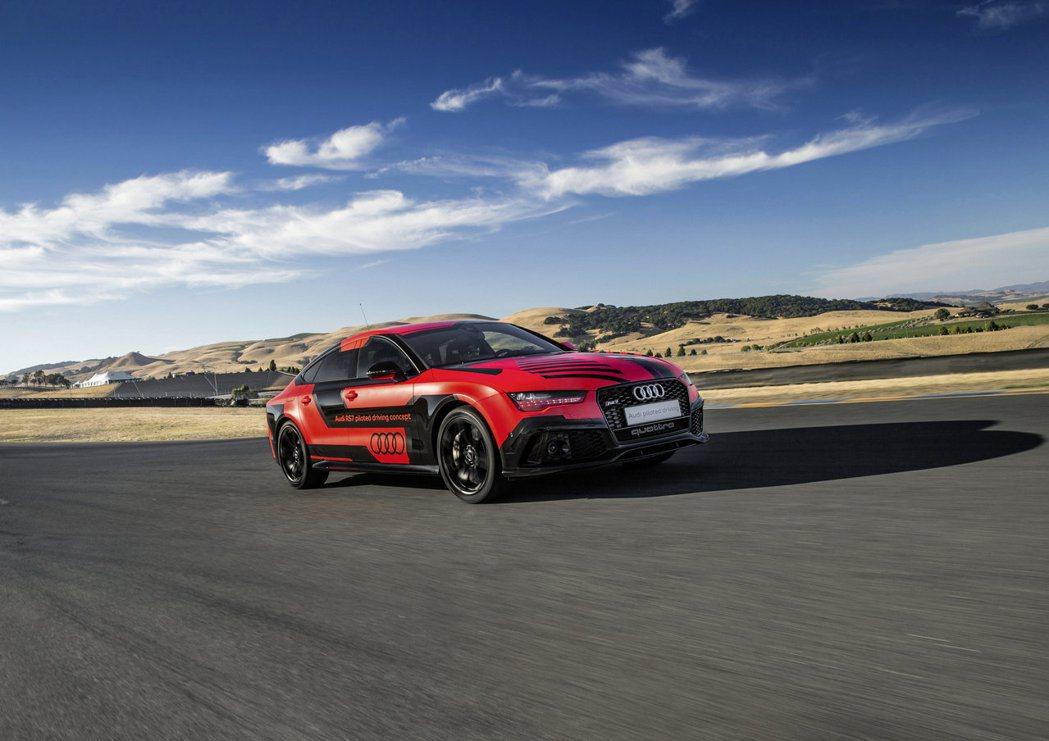本次Audi針對旗下最新無人駕駛技術再做測試,以RS7自動駕駛實驗車(原廠代號R...