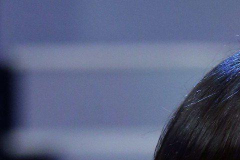 豬哥亮今在「華視天王豬哥秀」牽線南投慈善宮捐贈八仙樂園粉塵氣爆救助六百萬,新北市副市長陳伸賢前往受贈。豬哥亮登台開講,說了幾句謝謝,不到半分鐘就流淚、哽咽,「感謝給我日本海嘯、高雄氣爆、八仙塵爆三次...