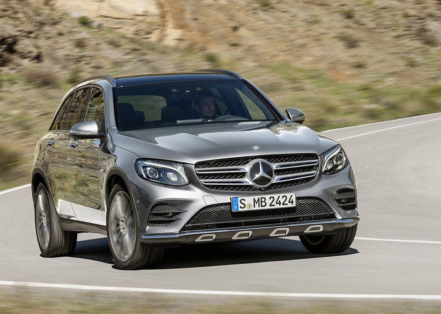 搭載新世代的 Mercedes-Benz家族設計的 GLC顯得流線與柔和。 賓士...
