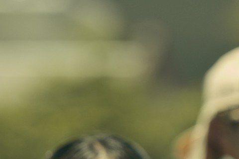 台視「春梅」劇情接近尾聲,林予晞和Darren(邱凱偉)也將以老妝登場,看到自己染上一頭灰髮加上皺紋犧牲色相的妝扮,Darren卻直呼很滿意,而且很習慣,原來平常「閨房情趣」就經常愛和老婆化妝、反串...
