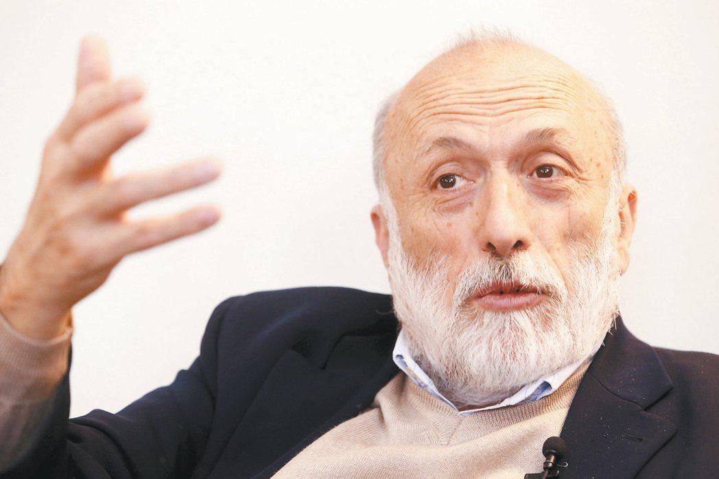 「慢食之父」卡羅佩屈尼。 記者 林俊良/義大利攝影