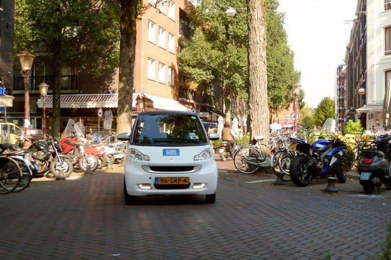 荷蘭首都阿姆斯特丹以電動車加入汽車共享行列。 photo cedit:Frank...