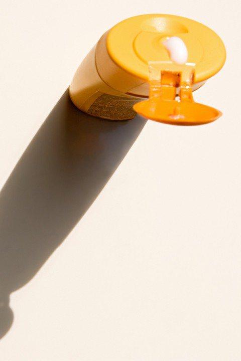 花漾醫學美容中心楊心怡醫師表示,防曬除了對抗紫外線之外,也要重視對抗環境汙染。圖...
