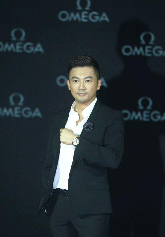 OMEGA超霸新一代登月表昨天發表記者會,藝人蘇有朋出席代言。記者陳易辰/攝影