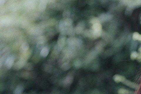 日本國民級女神綾瀨遙集所有美麗於一身,除了眾所皆知的好身材之外,今年來到30歲的她還有專家認證的「20歲美肌」,而在即將於9月11日全台上映的新作《Our Little Sister》(中譯為「海街...