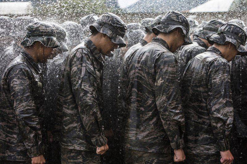 韓國人的軍旅生活:那一年出過的奇怪公差