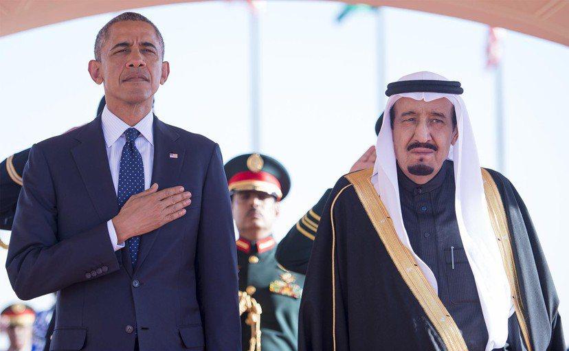 美國總統歐巴馬(左)與沙烏地國王薩爾曼(右)。 圖/路透社