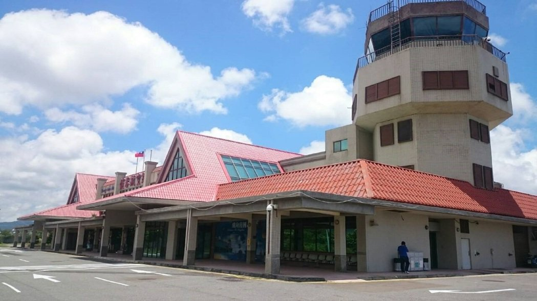 斥資5億元興建的恆春機場,落一個「等嘸人」的下場,十分諷刺。 記者潘欣中/攝影