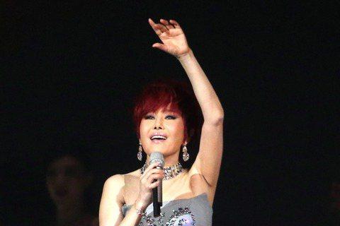 江蕙「祝福」演唱會於台北小巨蛋進入第六場。