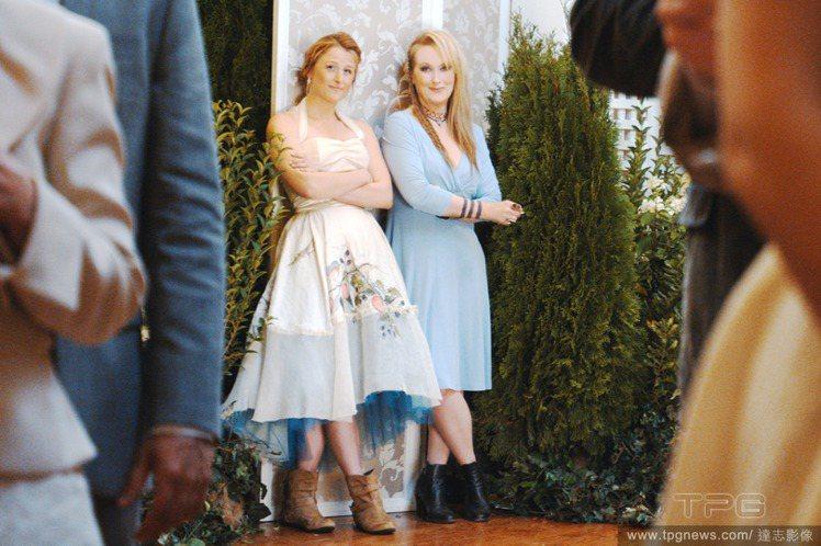梅莉史翠普和女兒一起演出新電影《曲終人不散 Ricki and the Flas...