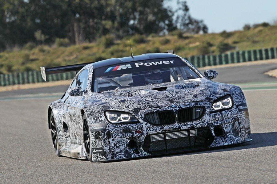 BWM全新GT戰馬M6 GT3在5日比利時耐久賽事中以偽裝姿態在賽道亮相。 圖/...