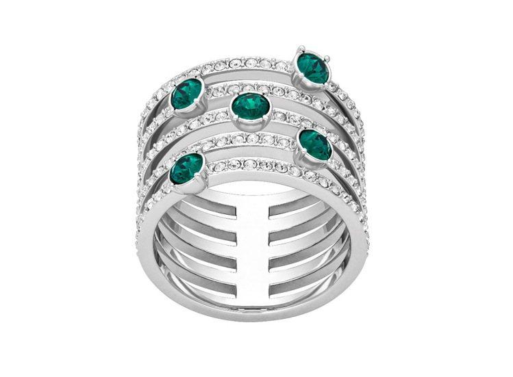 Creativity戒指,綠色水晶妝點秋意,7,990元。圖/施華洛世奇提供