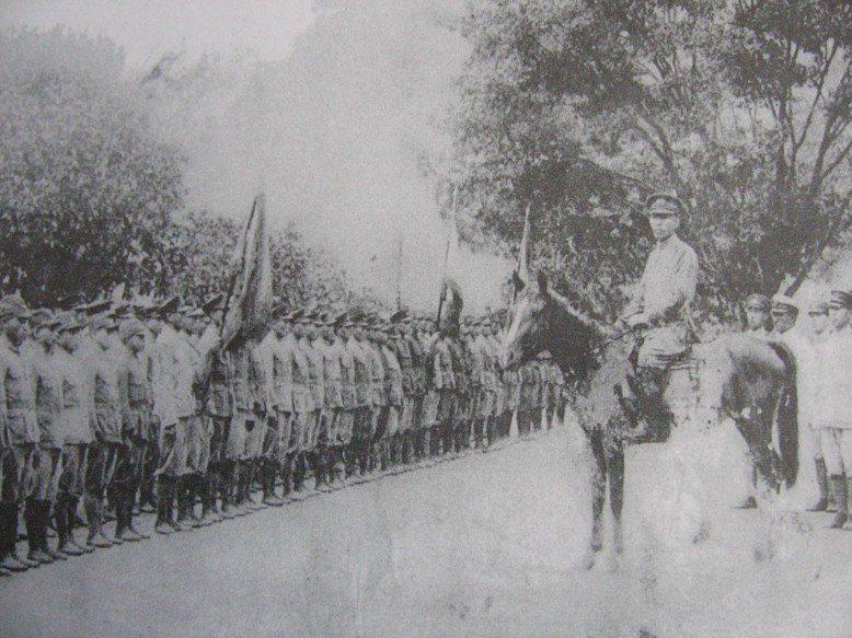 校閱高砂義勇軍。 圖/聯合報系資料照片