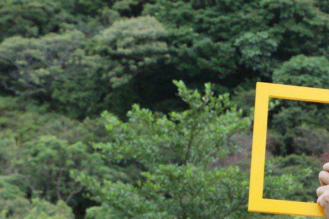 國家地理頻道繼兩年前叫好叫座的「台灣菁英戰士:陸戰蛙人」後,8月13日起每周四晚間10點首播最新力作「台灣菁英戰士:傲氣飛鷹」,還請來熱愛飛行及各種冒險活動的綜藝大哥大張菲,特別以飛行員及平日主持節...