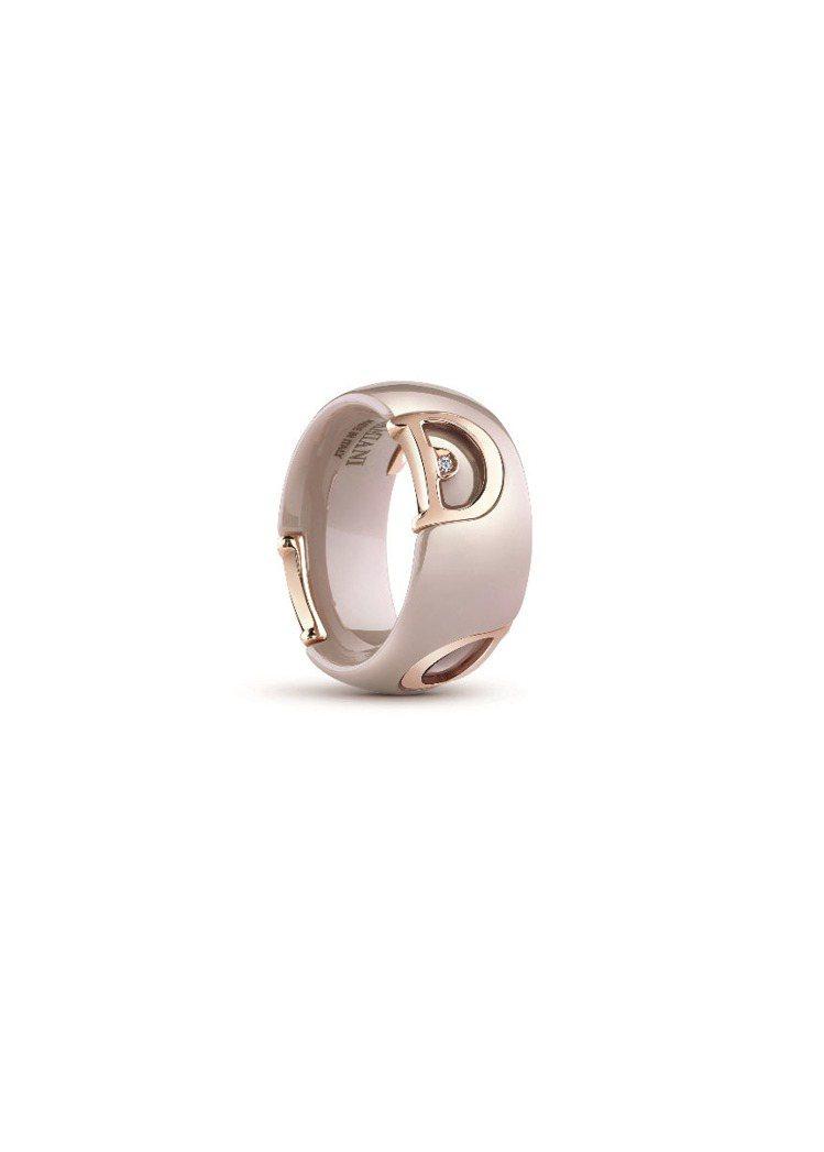 D.Icon戒指,玫瑰金搭配卡布其諾色陶瓷,建議售價36,800元。圖/DAMI...