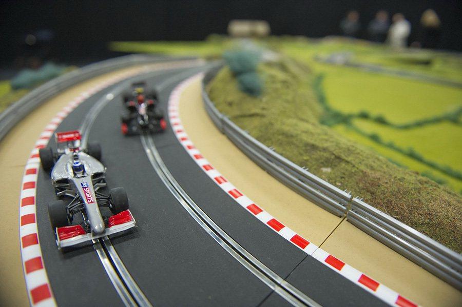 Scalextric電刷軌道車。 摘自carscoops.com