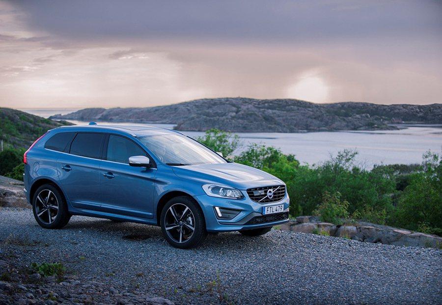 Volvo XC60 T6 R-Deisgn擁有寬敞車室機能與亮眼油耗表現。 V...