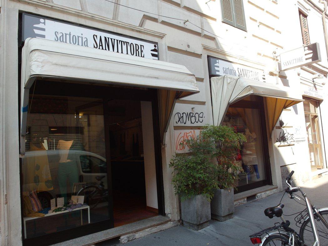 「愛麗絲社會合作社」在米蘭市區開了一個店面,販售「監獄貓」系列商品及其他由女囚製...