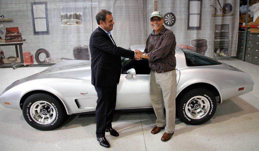 George Talley與幫助他圓夢的GM汽車執行副總裁 Mark Reuss...