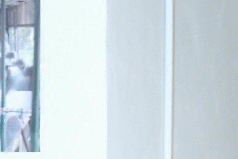 七夕情人節這天,品冠化身月老傳授求愛秘技,他認為男生要有浮誇的體能鍛練,最好會唱情歌,甚至要有要臉皮厚,才能擄獲女生芳心。已邁入婚姻3周年的品冠,與老婆依然在熱戀期,有準備情人節禮物嗎?品冠放閃說:...
