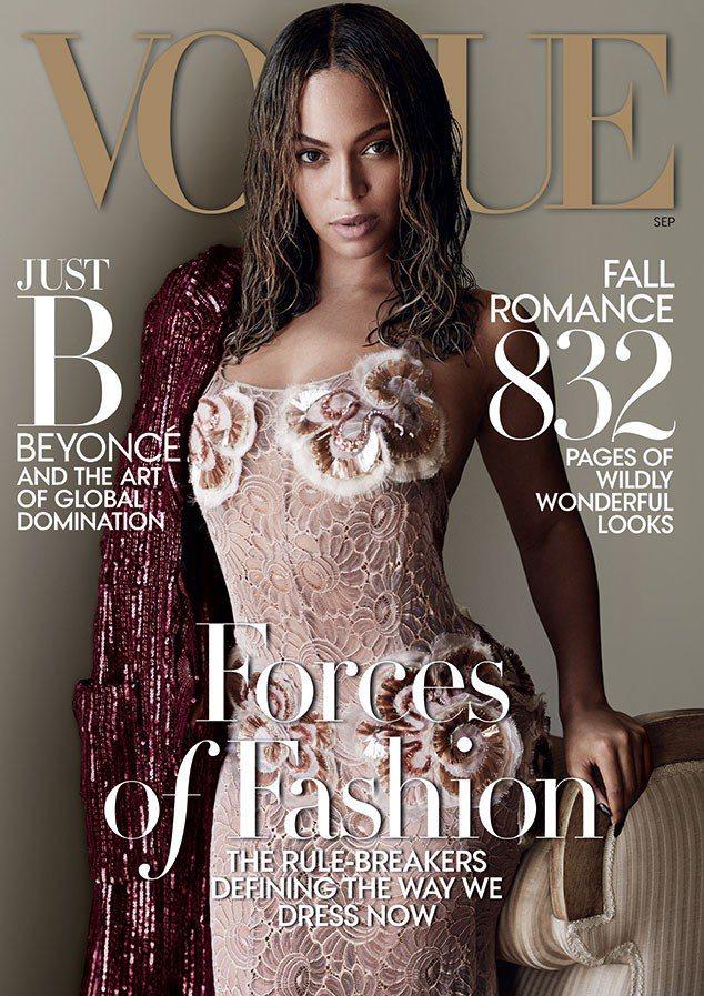 碧昂絲穿Marc Jacobs禮服登Vogue封面,是本季最美麗的焦點。圖/擷自...