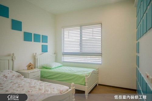 特意規劃大主臥格局讓小孫子擁有獨立的睡眠區。 圖片提供_恆岳室內設計