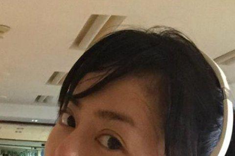 魔鬼女士官長劉香慈曾在過去1年的時間內發胖12公斤,一度引起媒體的關注。後來她發憤圖強在去年一口氣減掉7公斤,最近一年一直勤走健身房。4日她在自己臉書秀上令人羨慕的腹肌,不過她也在臉書吶喊著說:「腹...
