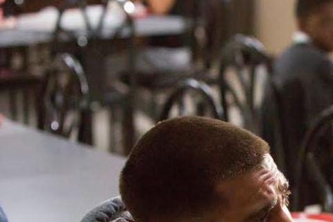 由「斷背山」男星傑克葛倫霍所主演電影「震撼擂台」,將在9月18日上映,傑克葛倫霍在裡頭飾演拳擊界中赫赫有名的拳王比利霍普,為了這部戲他接受了艱難的體能訓練,開拍前五個月,持續每周六天、每天六小時健身...