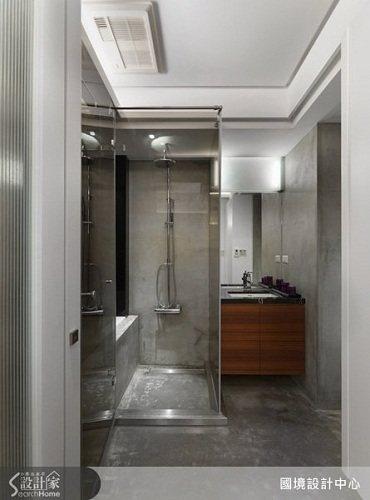 清水模的浴室,散發簡單與自然的質感,在其中領略簡樸之美。 圖片提供_國境設計有限...
