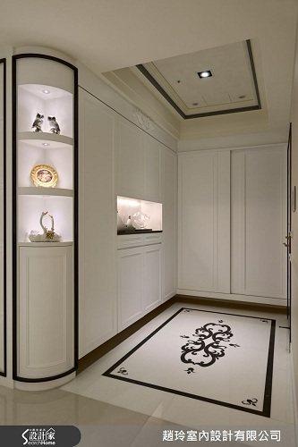 以黑白線板搭配貫穿整體場域,詮釋經典華美風格。 圖片提供_趙玲室內設計有限公司