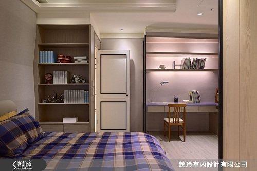 男孩房則還給男生現代俐落的設計,色彩以大地色系搭配上黑色不鏽鋼收邊為主軸,牆壁以...